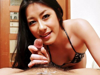 Kinky Ishiguro Kyoka walks all over her man with pedicured feet