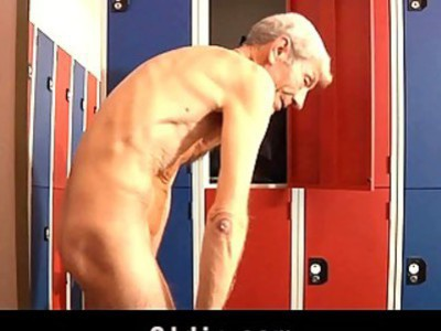 Dirty brunette fucks old geezer in a dressing room