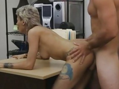 Sweet sexy babe getting her pussy fuckd