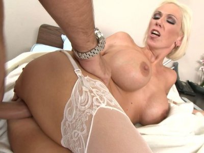 Blonde sexy nurse gets her vag cleaned and pushed hard in a missionary position