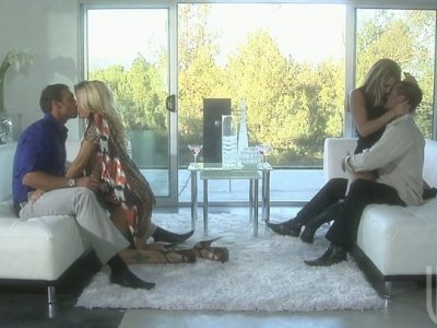 Two freaky blonde babes Jessica Drake and Courtney Cummz make out