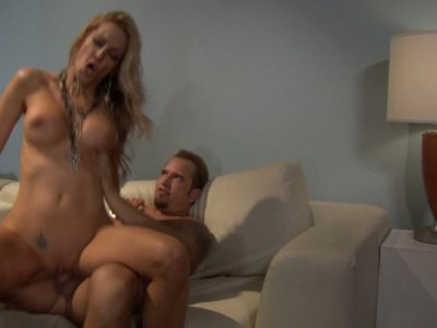 Romantic dinner with horny blond head Jessica Drake turns into hot fuck