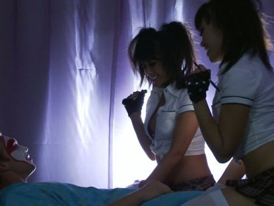 Blonde seductress Jessica Drake fucks her transvestite