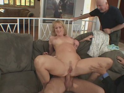 Kinky daddies fist tight asshole and later fanaluck sizzling blond bitch Beth Sweetney