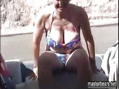Boat masturbation 54 years old Mia