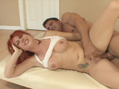 Red haired chick Ivy Rider gets her pussy drilled