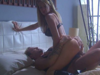 Gorgeous Jessica Drake sucking and riding action