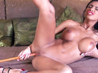 Kyra Black - Kyra Loves Bedknobs And Broomsticks
