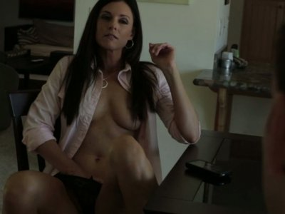 Sweet temptation with yummy brunette India Summer