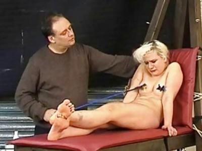 Tied blonde slaveslut Chaos tortured to tears