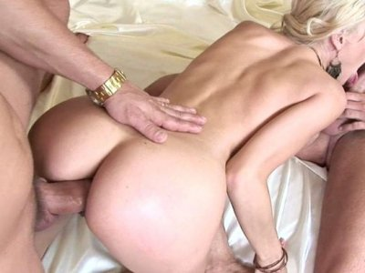 Rapacious fucker fanalucks elastic asshole of Russian whore